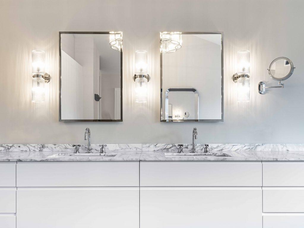 badezimmer weiß naturstein